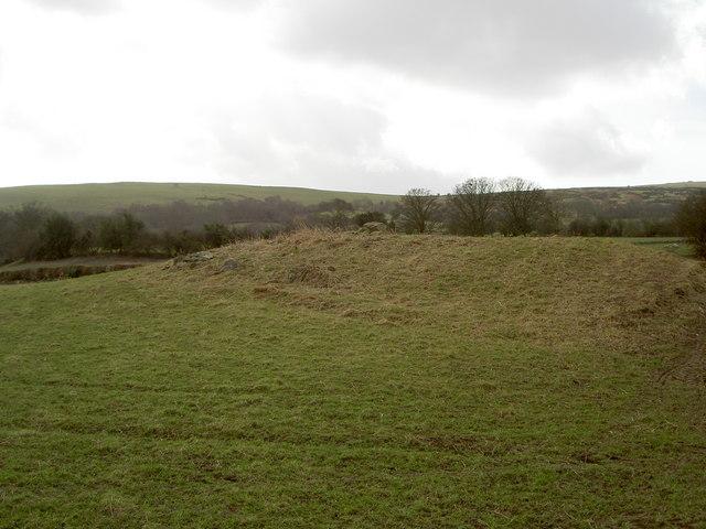 Small Tumulus on Maes-mawr Farm