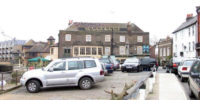 Public House, Isleworth, Mx TW7