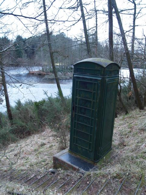 Old phone box, Edgelaw Reservoir