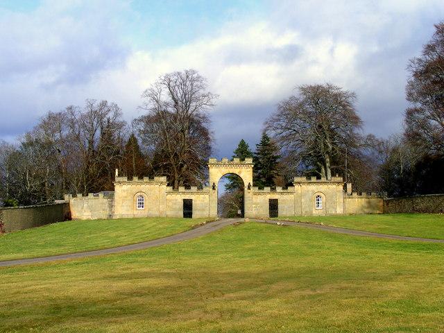 Gateway to Gordon Castle