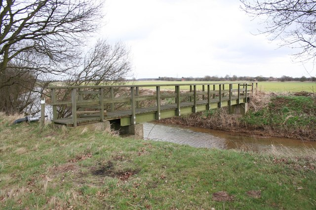 Footbridge over Wigsley Drain