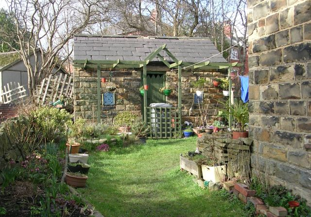 A Charming Shed - Leeds Road