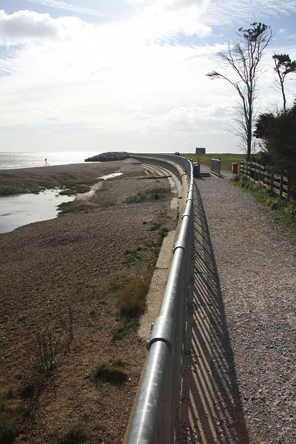 Sea wall at Felixstowe Ferry