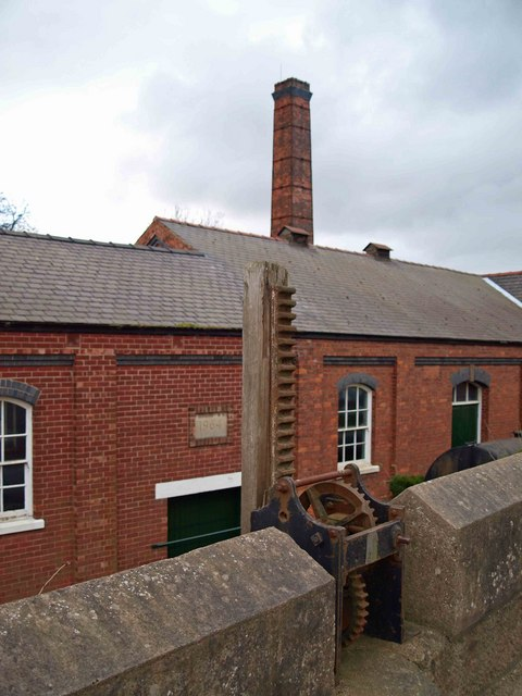 Owston ferry pumping station