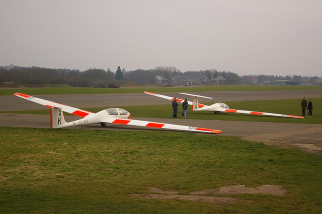 Gliders at Kenley Airfield
