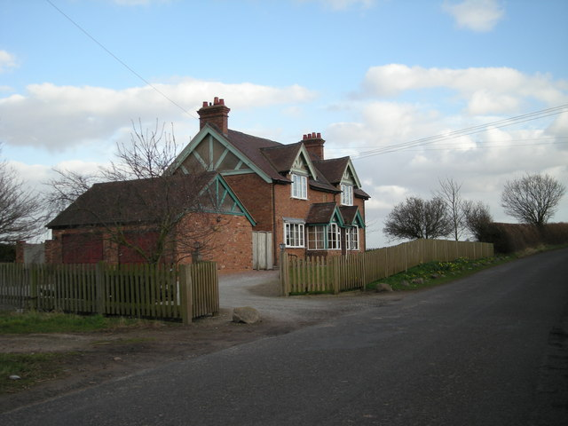 House beside the lane to Pitchford.