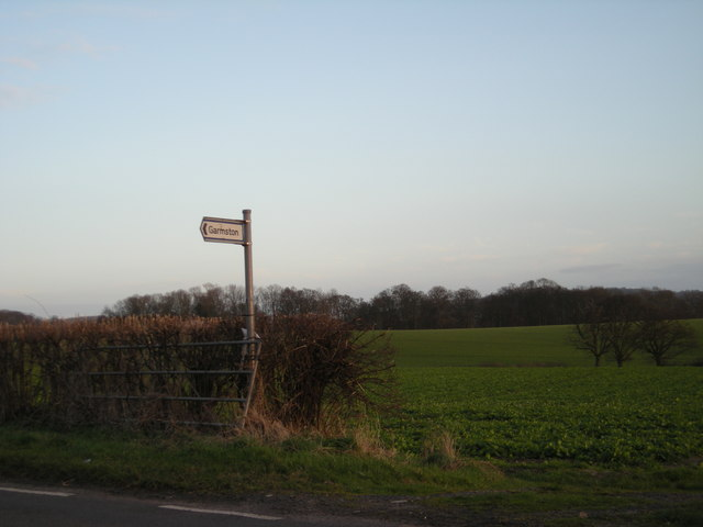 Signpost to Garmston.