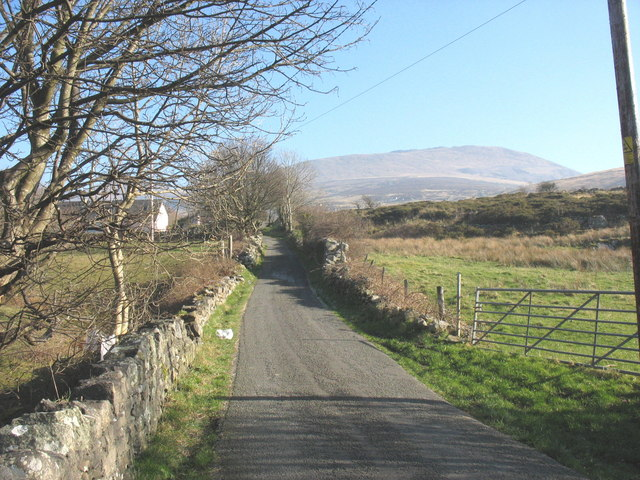 The Lon Garnedd road