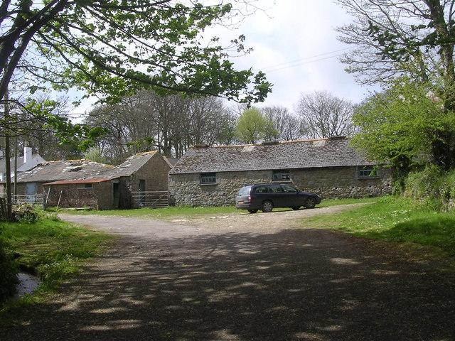 Derelict farm buildings at Tresooth farm nr Mawnan Smith