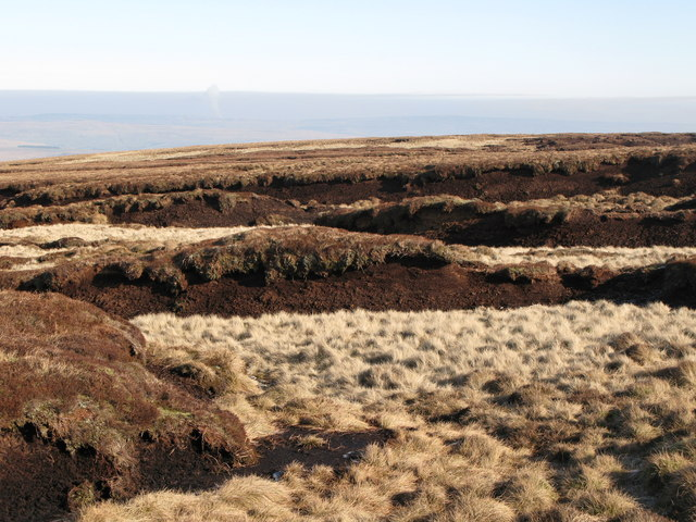 Peat haggs on Chapelfell Top
