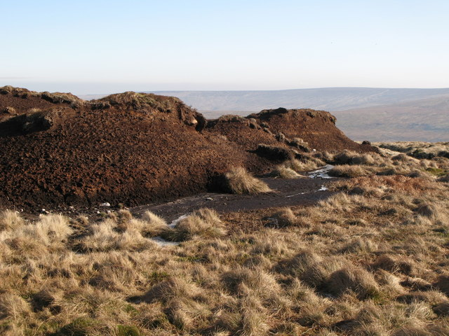 Peat haggs on Chapelfell Top (4)