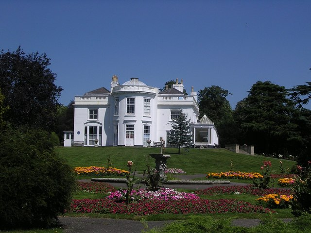 The White House, Norwood Grove