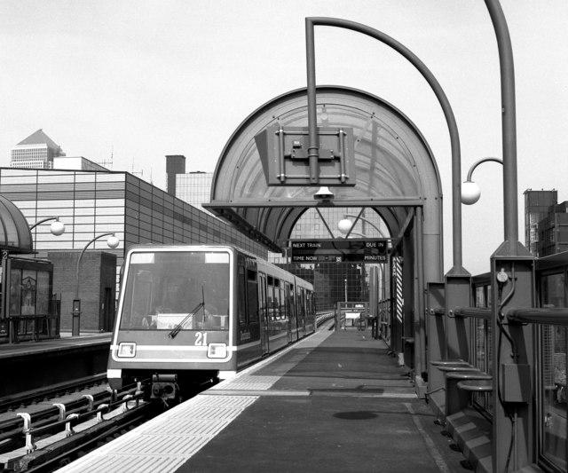 Crossharbour station, Docklands Light Railway