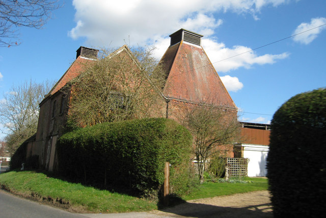 Remingtons Farm Oast, Lamberhurst Road, Horsmonden, Kent