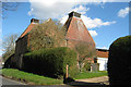TQ6940 : Remingtons Farm Oast, Lamberhurst Road, Horsmonden, Kent by Oast House Archive