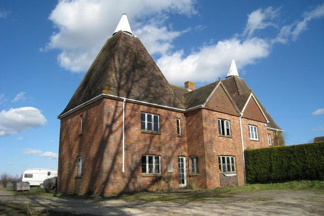 Highlands Oast, Marle Place Road, Horsmonden, Kent