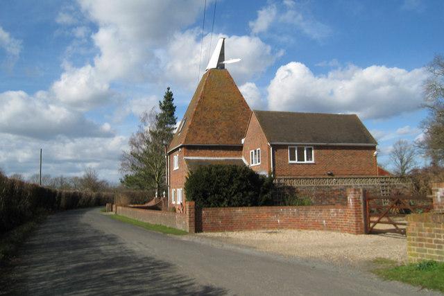 Longends Oast, Longend Lane, Marden, Kent