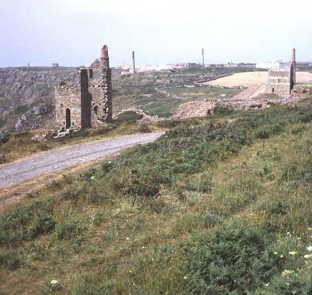 Engine house chimneys at Botallack