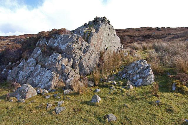 Rock outcrop at Ceann Loch Eishort