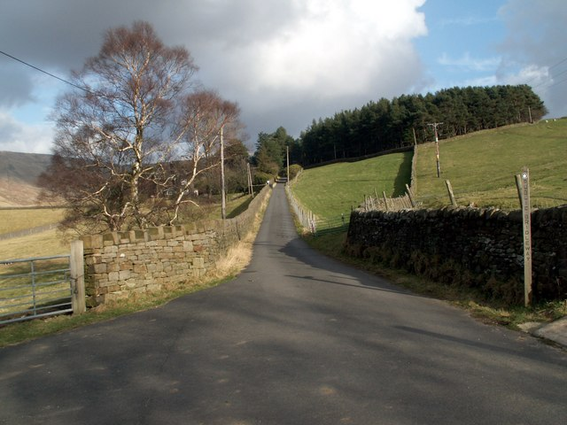 The road to Upper House from Farlands