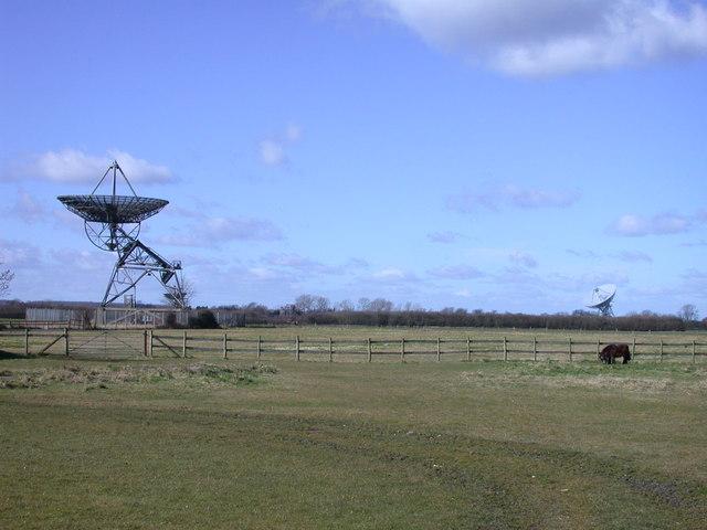 Pony unaware of Radio Telescopes