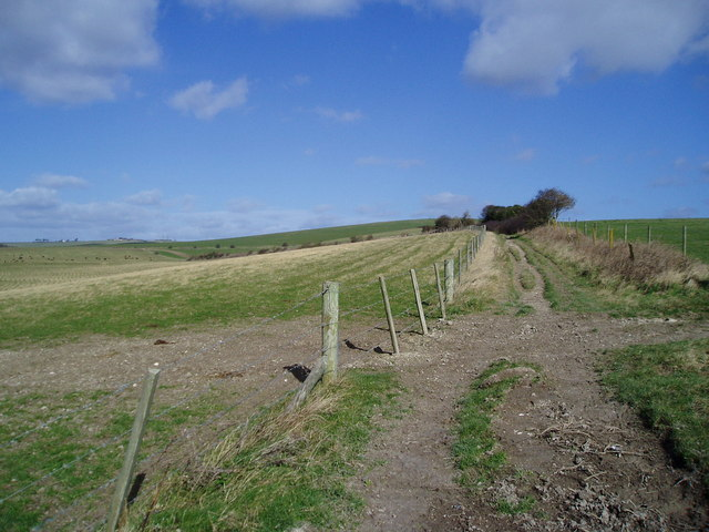 Track between Slonk Hill Farm & Mossy Bottom Barn