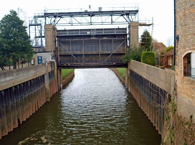 River Idle flood gate into the River Trent at West Stockwith