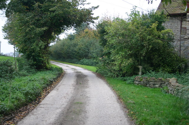 Lane past North Lodge