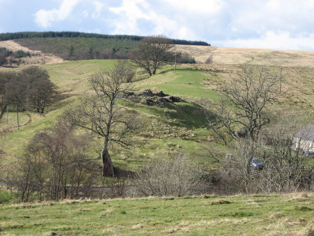 Dally Castle from Snabdaugh Moor