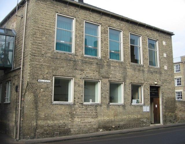 University Sports & Social Club - Mill Lane