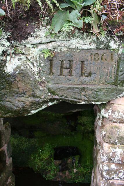 Droppingstone Well, near Raw Head