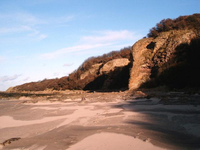 Shoreline at Weaklaw Rocks