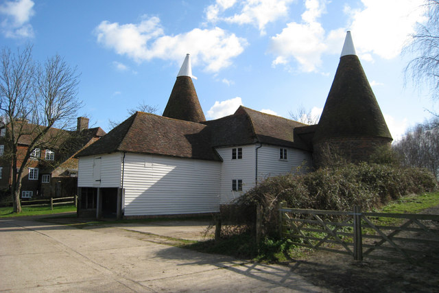 Unconverted Oast House at Maplesden Farm, Stepneyford Lane, Benenden, Kent