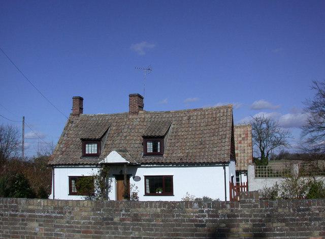 Pantile Cottage, Church Street