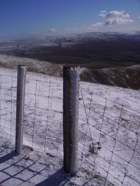 Fence Posts, Calders
