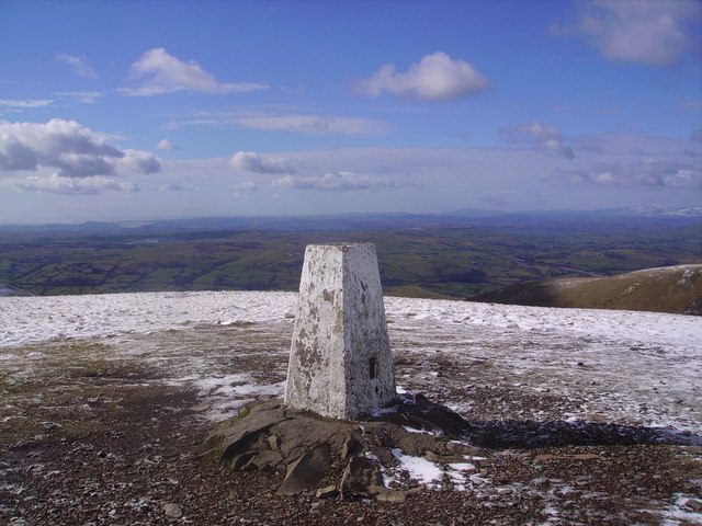 Trig Pillar, The Calf