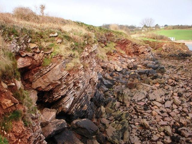 Red rock strata, Broadsands beach, Torbay