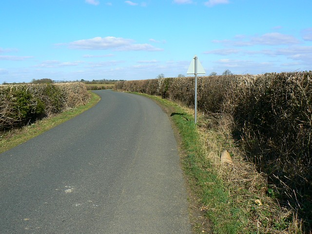 The road towards Harnhill