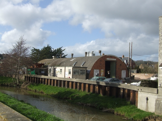 Builders' Merchants by the River Asker