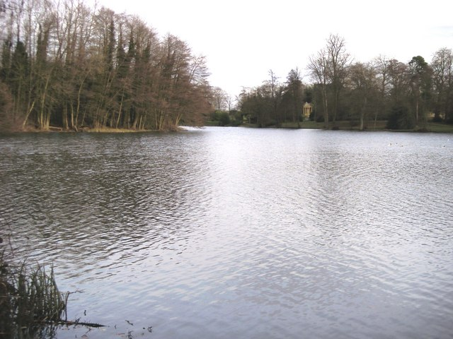 Eleven Acre Lake Stowe