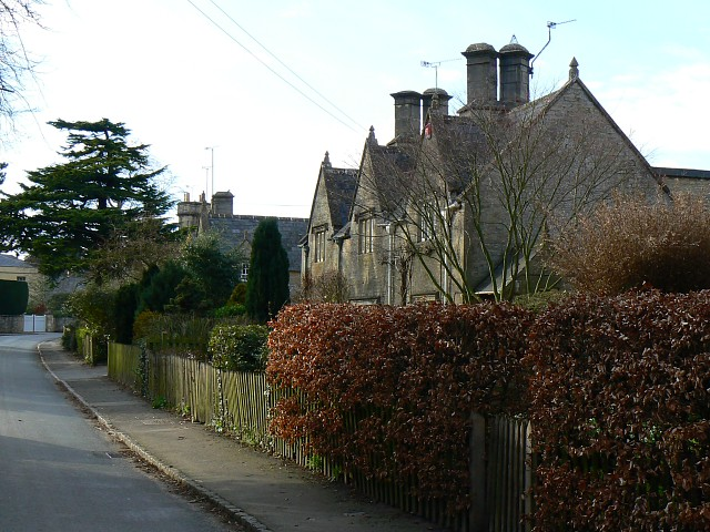 Cottages in Hatherop