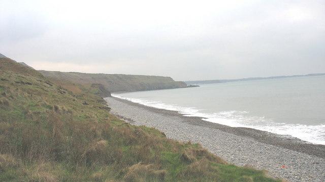 A view across Porth Pistyll towards  Penrhyn Bodeilas