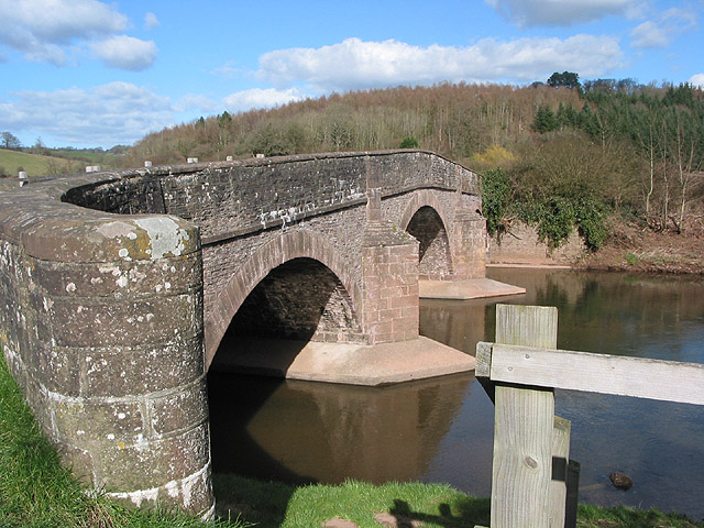 Curved parapet of Skenfrith Bridge