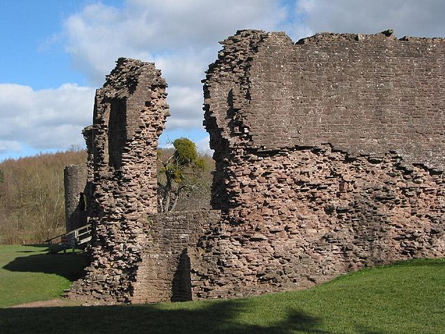 Ruins of Skenfrith Castle