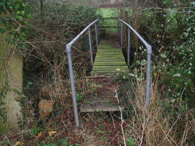 Footbridge over the Alconbury Brook at Great Gidding