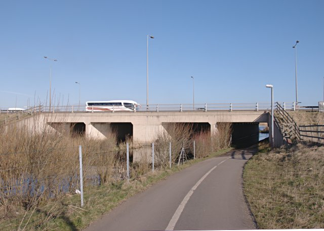 Pedestrian and cycle path under the A50