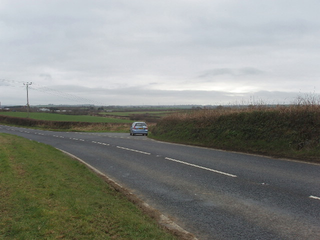Layby on A3072 by Thurlibeer