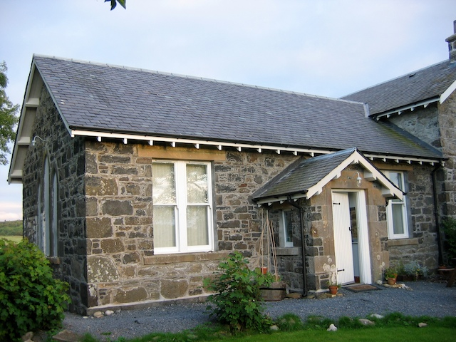 The Old Schoolroom Moin a choire