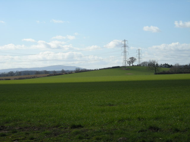 Farmland & pylons near Sutton Maddock.