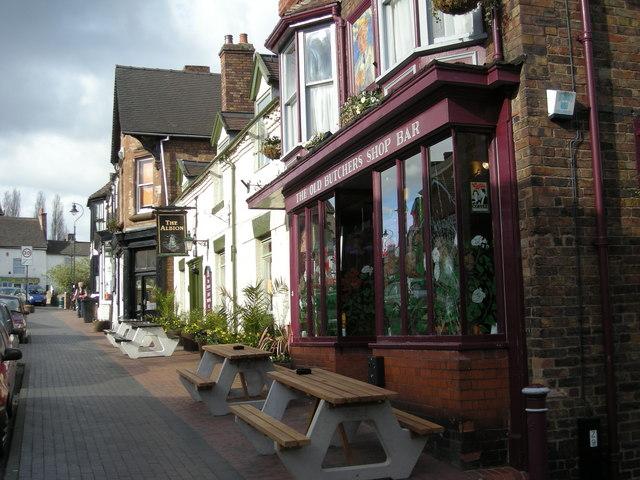 High St pubs.